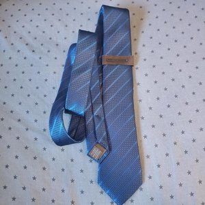 Blue and Black 100% Silk Tie Vince Camuto NEW